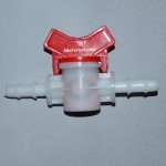 Кран пластиковый 10-10 мм.